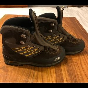 Men's North Face Arc Chassis boot size 10.5